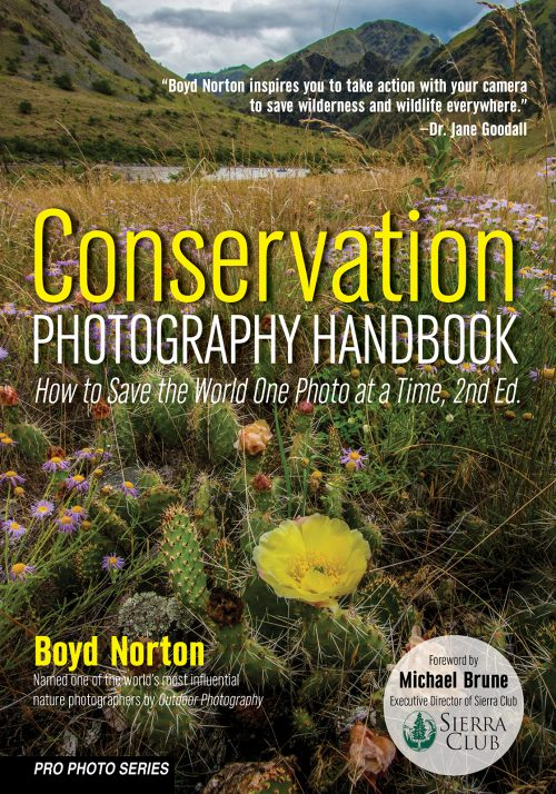 Cconservaation Photography Handbook_9781682034262_Norton_FC